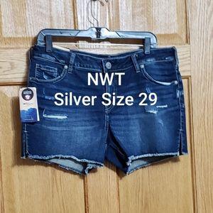 NWT SilverElyseShorts Size 28
